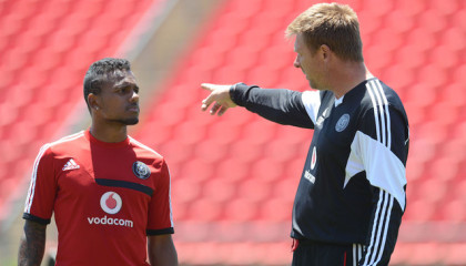 JOHANNEBURG, SOUTH AFRICA - OCTOBER 29:Kermit Erasmus and Eric Tinkler during the Orlando Pirates media open day at Rand Stadium on October 29, 2013 in Johannesburg, South Africa. (Photo by Lefty Shivambu/Gallo Images)