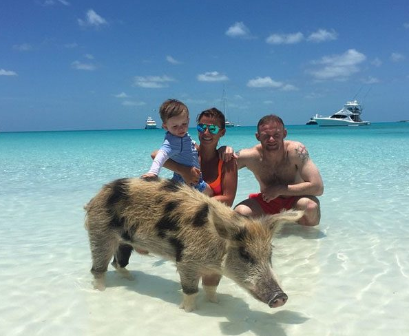 5 Cute Photos Of Wayne Rooney And His Family