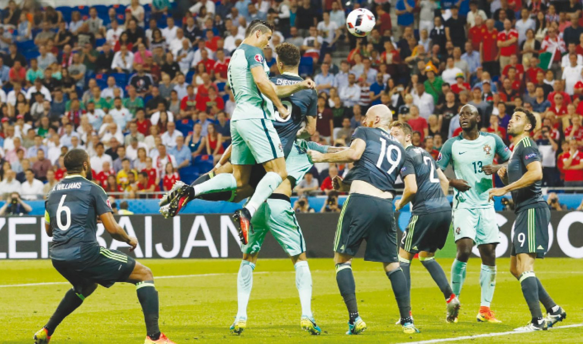 cristiano scoring a towering header
