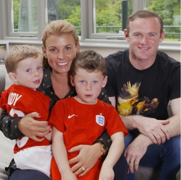 rooney and his family4