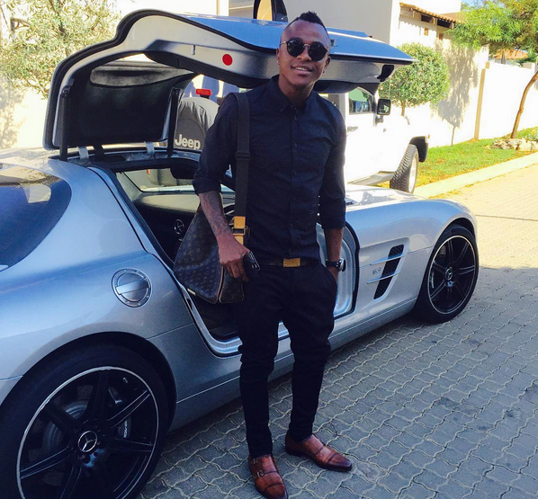Tsepo Masilela Shows Off His Mercedes Benz Gullwing
