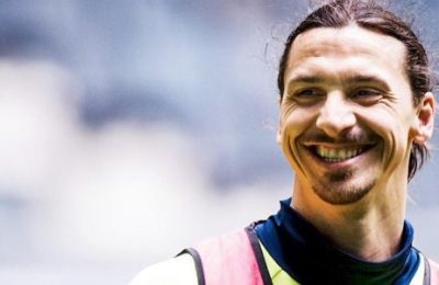 Ibrahimovic's Face Gets Printed On A Giant 1,000 Swedish Krona Note!
