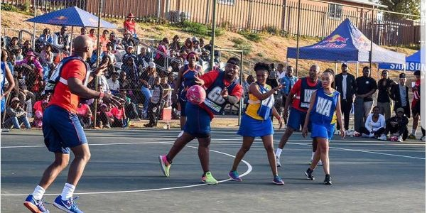 Pics! Jimmy Tau Plays Netball For A Good Cause