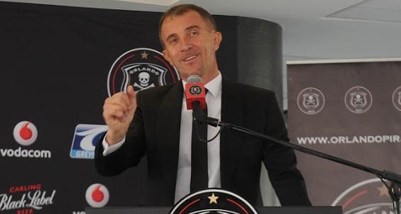 Pirates Coach Calls Mosimane The Alex Ferguson Of SA Football